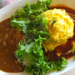 オムライスとカレーのハッピーセット(スープ・サラダ付)